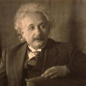 A Einstein 01